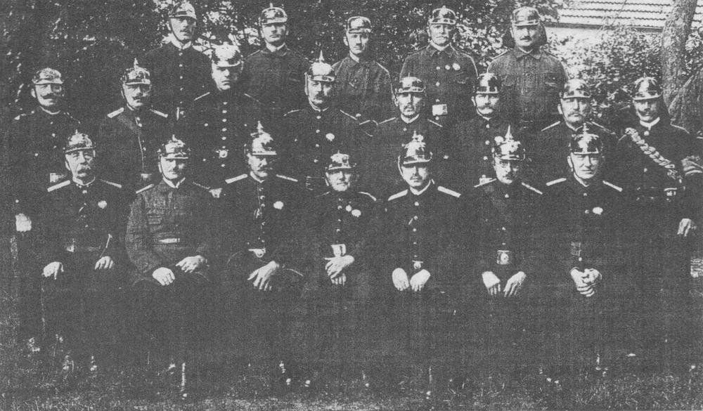 Gründer und Delegierte des Kreisfeuerwehrverbandes Verden am Verbandstag in Oyten im Jahre 1926